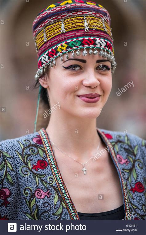 women uzbek stock photos women uzbek stock images alamy a model from uzbekistan presents the traditional uzbek