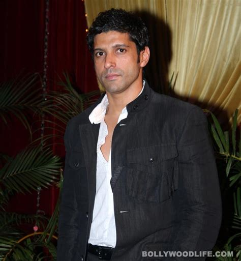 biography of movie mard why is farhan akhtar going back to college