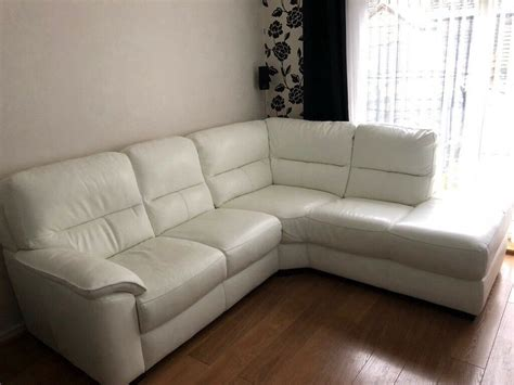 Sofas On Gumtree by White Leather Corner Sofa In Cumbernauld Glasgow Gumtree