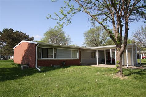 4 bedroom houses for rent in lincoln ne arnold heights duplexes for rent in lincoln nebraska