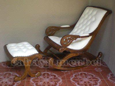 Kursi Goyang Dari Kayu jual kursi goyang sofa kayu jati jepara harga murah