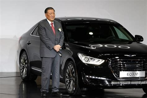 hyundai genesis motor hyundai genesis launches the g90 premium luxury sedan in