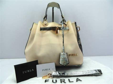Tas Import Kembang Putih tas furla bunga murah tas furla kw furla murah batam