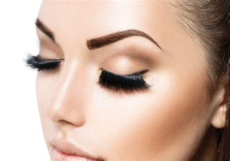 Makes Makeup by Filling In Your Eyebrows 3 Mistakes To Avoid Vagaro