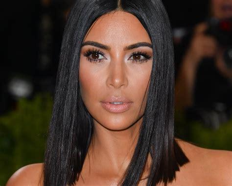 kim kardashian favorite foundation makeup kim kardashian 2017 met gala celebrity makeup