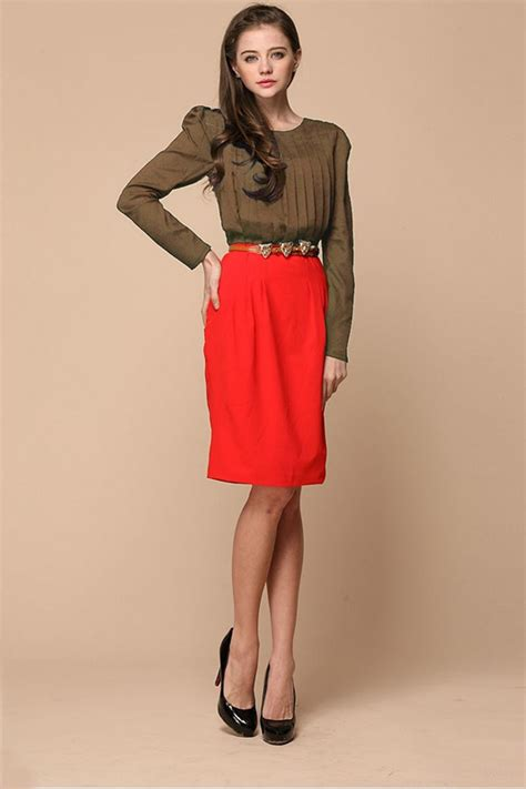 whats clothes are in for a woman in her 50s gucci women clothing line for spring summer season 2014