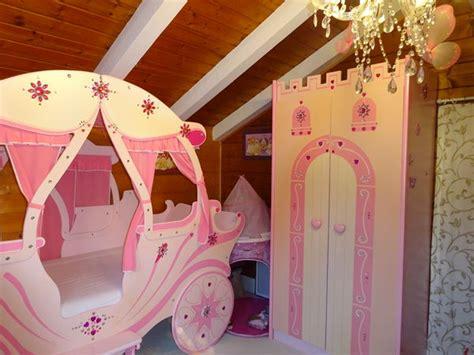 awesome chambre de princesse lit carrosse armoire chteau