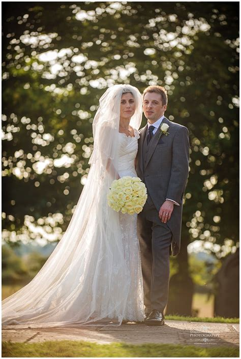amanda petes royal liver building wedding
