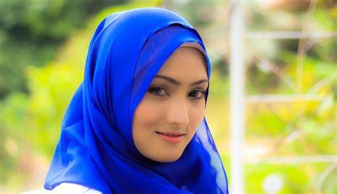 tutorial dandan yang cantik tutorial hijab paris simple terbaru yang cantik dan menarik