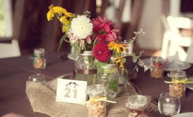 country style centerpieces knots and kisses wedding stationery a stylish vintage