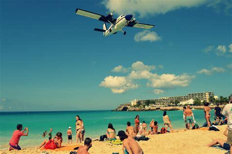 fotos comicas en la playa la vuelta a la isla de st martin en el caribe viajando