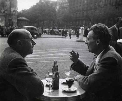 i photo central | photo exhibit | robert doisneau: seconds