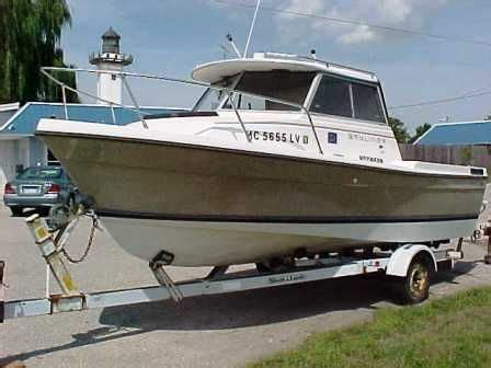 bayliner trophy hardtop boats for sale uk 1984 bayliner 2060 trophy hardtop boats yachts for sale