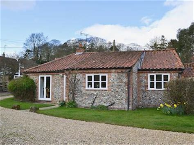 manor cottage in stiffkey near next the sea