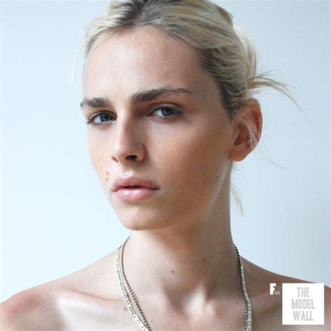 androgynous male models androgynous model andrej pejic becomes the face of marc jacobs