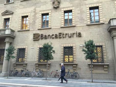 unicredit banca firenze banca etruria 232 salva a caro prezzo corrierefiorentino it