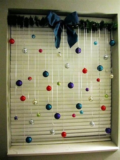 Fensterdeko Weihnachten Mit Timer by Deko Zum Weihnachten Kugeln In Verschiedenen Farben 27