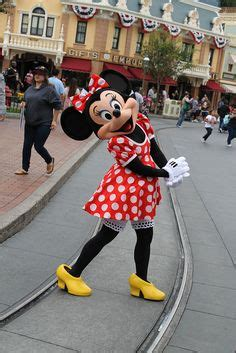 minnie in an adorable tokyo disneyland outfit. | disney