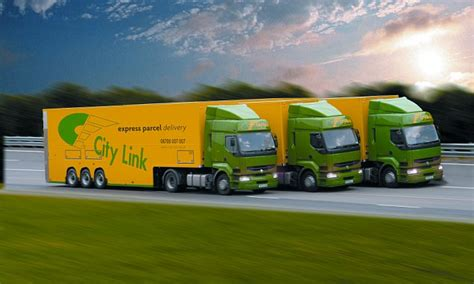 city link courier uk customers waiting for city link parcels told to collect