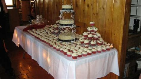 how to set up a table cake table set up picture of silver rapids lodge ely