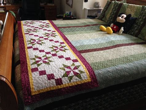 Bed Runner Quilt by Fall Jubilee Bed Runner Quilt Cabana Patterns