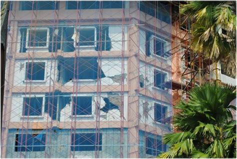 Metindo Wp concrete buildings damaged in earthquakes