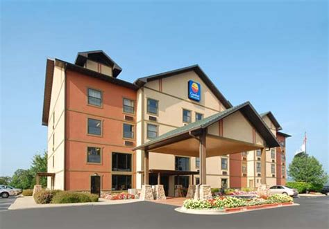 comfort inn in branson mo comfort inn suites branson near silver dollar city