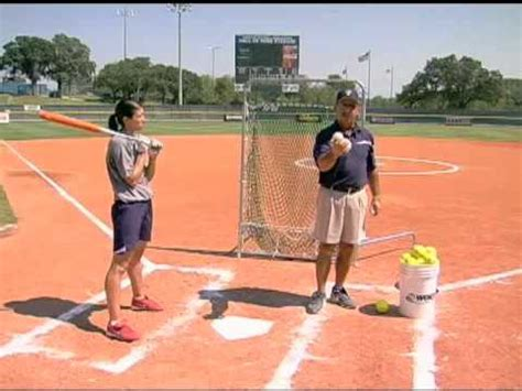 baseball swing tips kaitlyn martin 13 y o fastpitch power hitter doovi