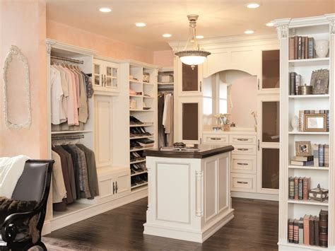 walk in 10 stylish walk in bedroom closets bedrooms bedroom