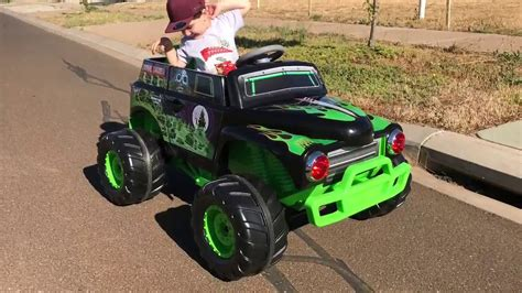 grave digger monster truck videos youtube grave digger ride on monster truck youtube