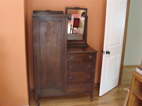 55861 Antique Oak Bedroom Set Headboard Dresser Mirror Washstand Nightstand Ebay Antique Chifferobe Wardrobe Dresser With Mirror Chicago Wood Bedroom Furniture Wardrobe