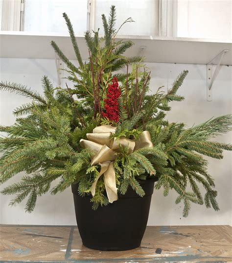 christmas decoration for urn diy urns in 10 minutes or less salvaged inspirations