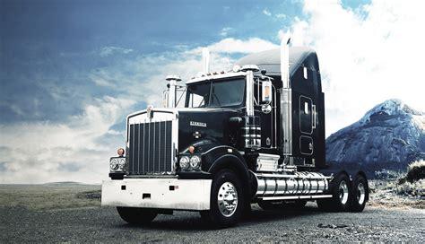kenworth  history   trucking legend cjd construction equipment trucks