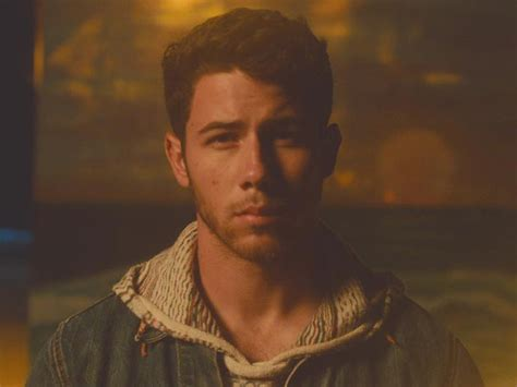 Find You Nick Jonas Sigue Bien Suavecito En Find You Su Nuevo