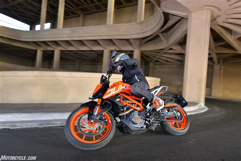 Ktm 390 Canada 2017 Ktm 390 Duke Review Cyclez