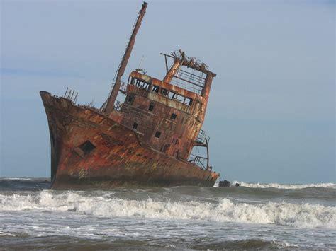 imagenes de barcos oxidados no tengo el poder viejo barco