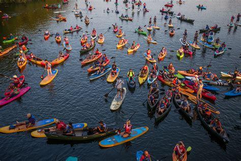 paddle boat rental in austin austin kayaking canoe rental lady bird lake rowing dock