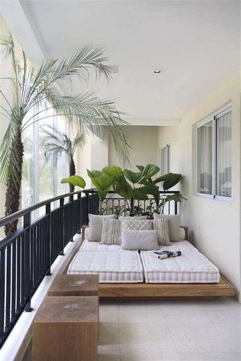 stunning small balcony decorating ideas   budget