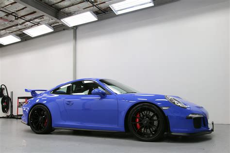 porsche maritime blue modesta bc 04 on a maritime blue paint to sle