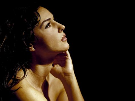 libro monica bellucci di monica bellucci monica bellucci wallpapers pictures images