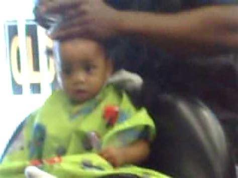 baby boy first hair cut one youtube