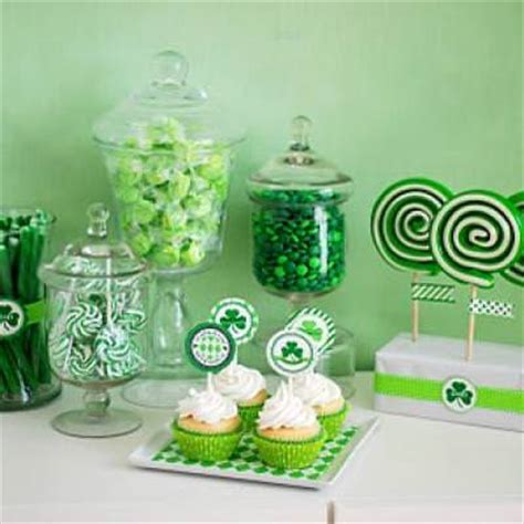 st s day dessert bar diy decor tip junkie
