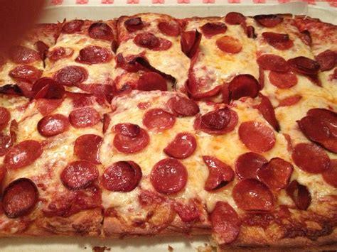 cranston house of pizza uncle tony s pizza pasta pizza cranston ri yelp