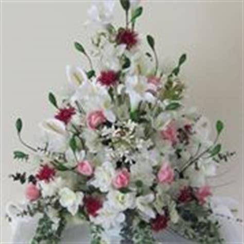 come fare una composizione di fiori freschi composizioni floreali fai da te composizione fiori