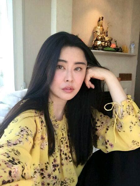hong kong actress over 50 years old this taiwanese actress is 50 years old but doesn t look a