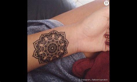 tatouage de mandala tr 232 s d 233 taill 233 sur le poignet