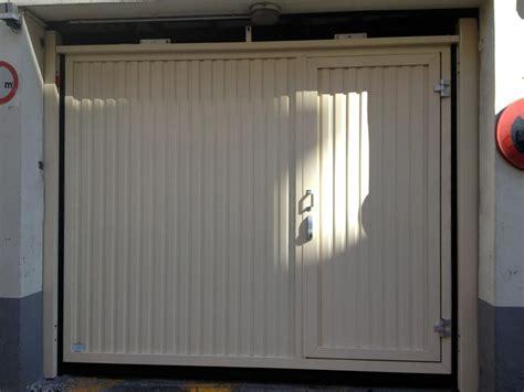 Porte Garage Avec Portillon 4047 by Portes De Garage Fermelec