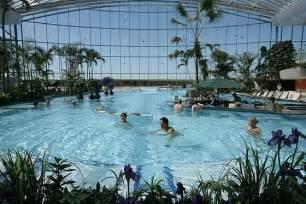 schwimmbad therme hallenbad mit au 223 enbereich 85435 erding erding therme
