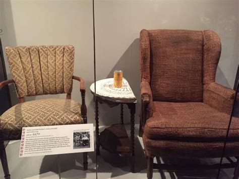 edith and archie bunkers chairs picture of smithsonian
