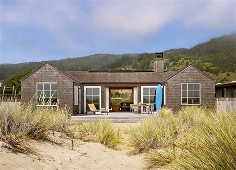 7 ways to determine a home s architectural style huffpost 10 creative ways to find the right exterior home color2014